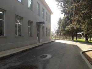 канализирование школ. канализация. выгребная яма